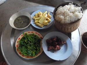 ラオス北部農村のある朝食
